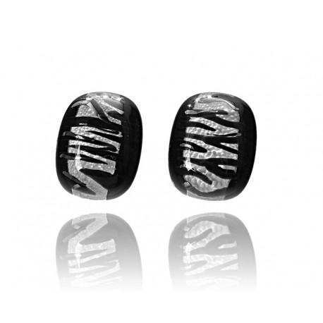 Kolczyki wkrętki z kolekcji Black & White