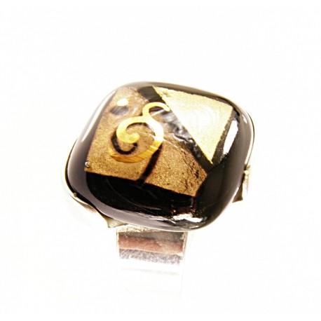 Pierścionek w oprawie z kolekcji Klimt 20