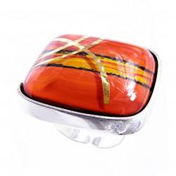 Pierścionek w oprawie z kolekcji Tramonto Rosso 30
